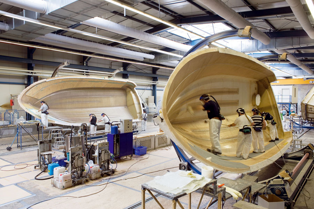 Boat Building: Basic Construction of Resin, Fiberglass, and Cores thumbnail