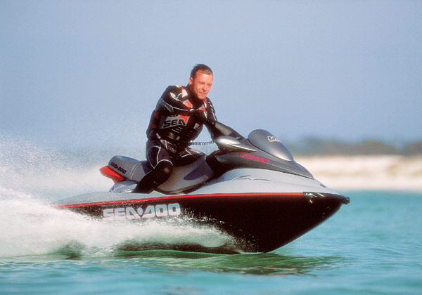 Sea-Doo's RX DI holds an exceptionally pure line in corners and delivers strong and smooth acceleration.