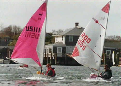 Cape Cod Frosty: World's Smallest Racing Dinghy thumbnail