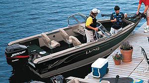 This go-anywhere boat rides on Lund's exclusive Integrated Power Strake (IPS) hull, which is unique for its power strake, reverse chine and footprint.