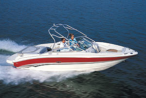 The Sea Ray 240 felt just as comfortable at full speed as it did at cruising speed.