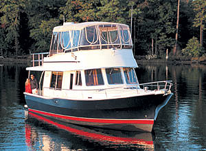 The 400 represents Mainship's third generation of trawlers.