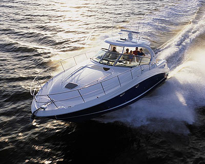 Sea Ray Adds Five New Models for 2004