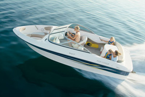 The brand-new Four Winns 180 Horizon is the smallest offering from Four Winns.