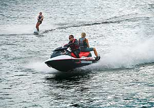 The Personal Watercraft Expert: Hot Tips for Towing thumbnail