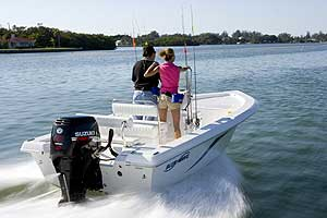 Suzuki Beefs Up Mid-Range Outboard Models for 2009