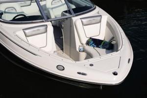 Forward, the Sea Ray 210 Select has bow seating and an anchor locker.