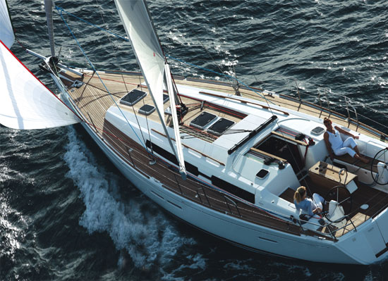 Dufour Grand Large 405: Boat Review