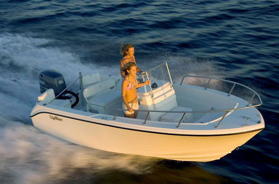 EdgeWater 170 Center Console: Unsinkable and Ready for Fun