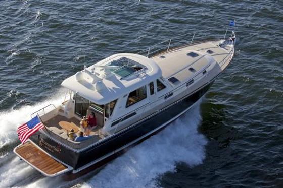 Sabre Yachts 48 Salon Express: More boat, More Room, More Fun