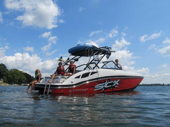 Starcraft 240 SCX: Deckboat Meets Runabout thumbnail