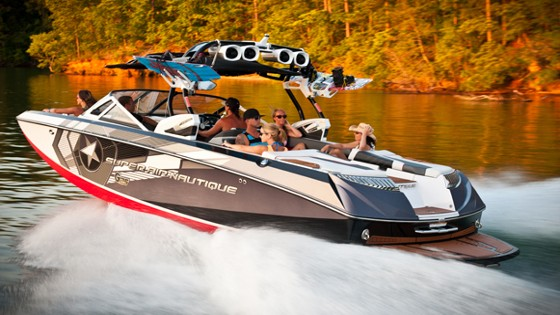 Super Air Nautique G25: Wakes for the Entire Family thumbnail
