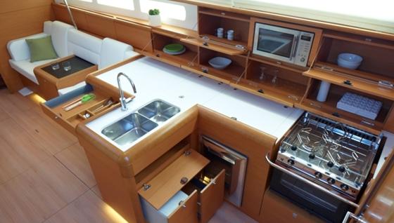 Jeanneau Sun Odyssey 509 Powerful And Dynamic Boats Com
