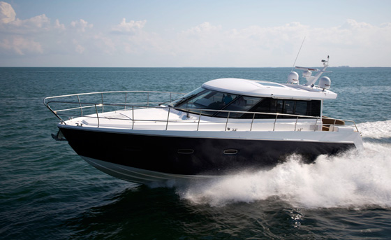 Sealine C48: Express Cruiser with an Expansive Attitude thumbnail