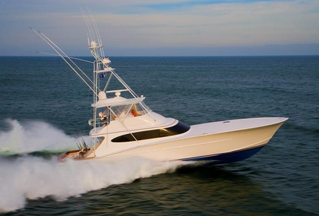 Charter boat Bayliss running
