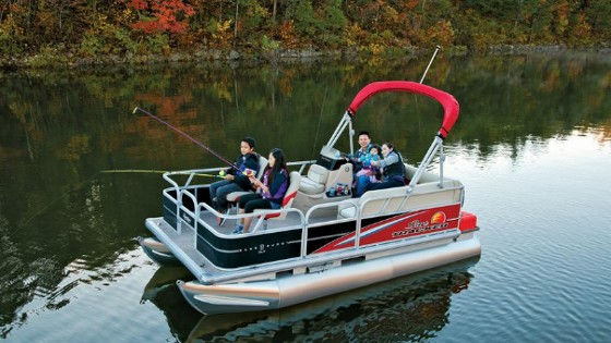 Sun Tracker Bass Buggy 16: A Pontoon Boat for Under $10,000? Yes! thumbnail
