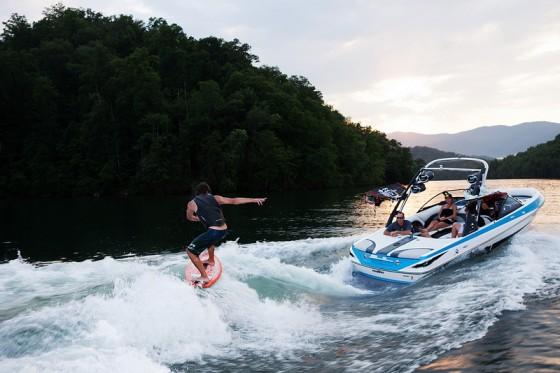 malibu wakesetter wakeboarding boat