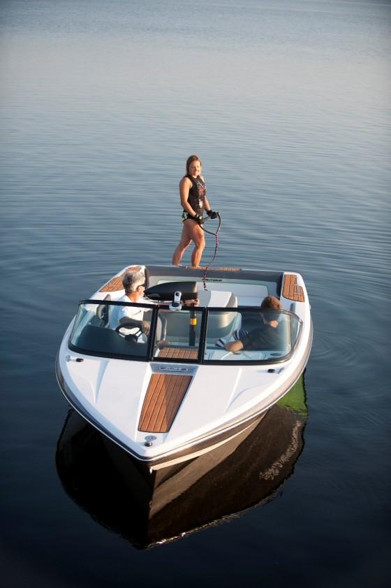 ski nautique waterski boat