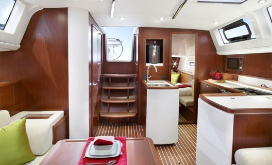 cabin on bavaria 46