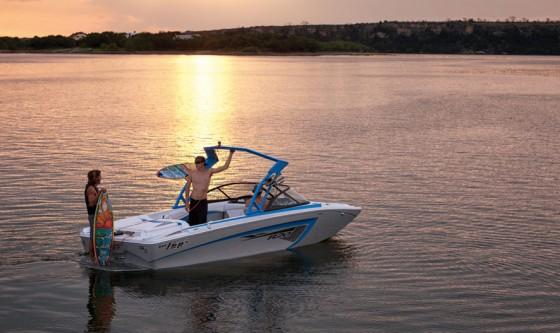 tige r20 ski boat