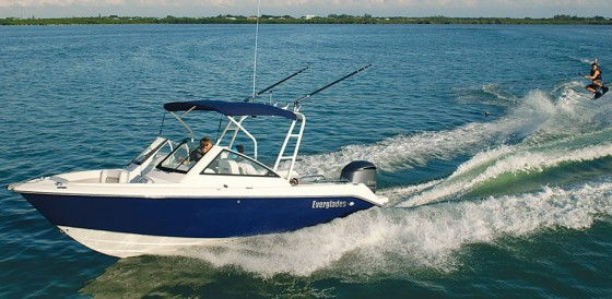 dual console boats water skiing