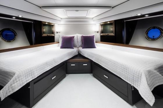 tiara 50 coupe stateroom