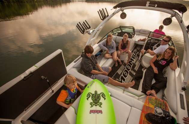 An overhead photo of the Moomba Mojo 2.5 with passangers.