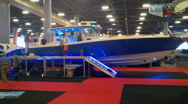 Hydra-Sports 53 debuts at Miami Boat Show