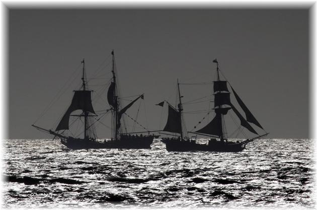 Tall Ships Battle at Sea thumbnail