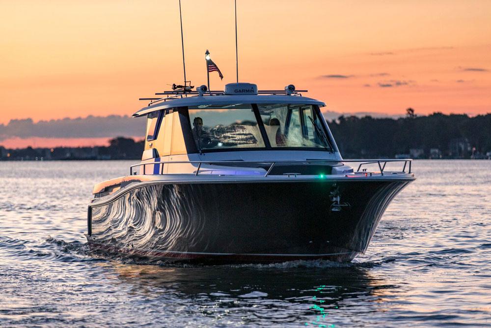 tiara q 44 adventure yacht