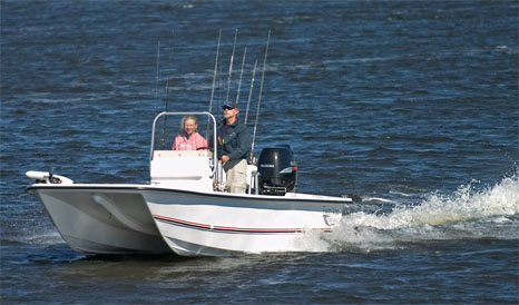 Boats We Love: Twin Vee 19 Bay Cat thumbnail
