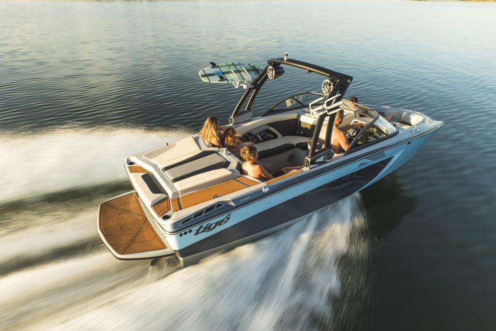 Five Affordable Wakeboarding Boats thumbnail