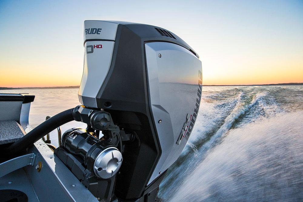 BRP Debuts New 2.7-Liter Evinrude E-TEC G2 Outboards