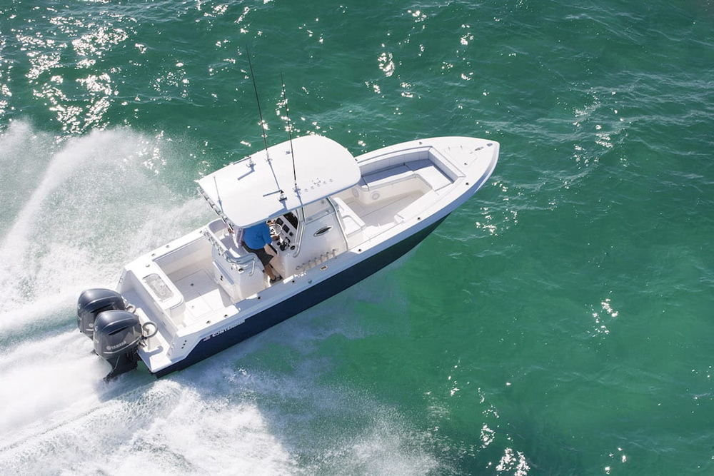 You want maximum fishability and maximum performance? The Contender 28 Sport delivers both.
