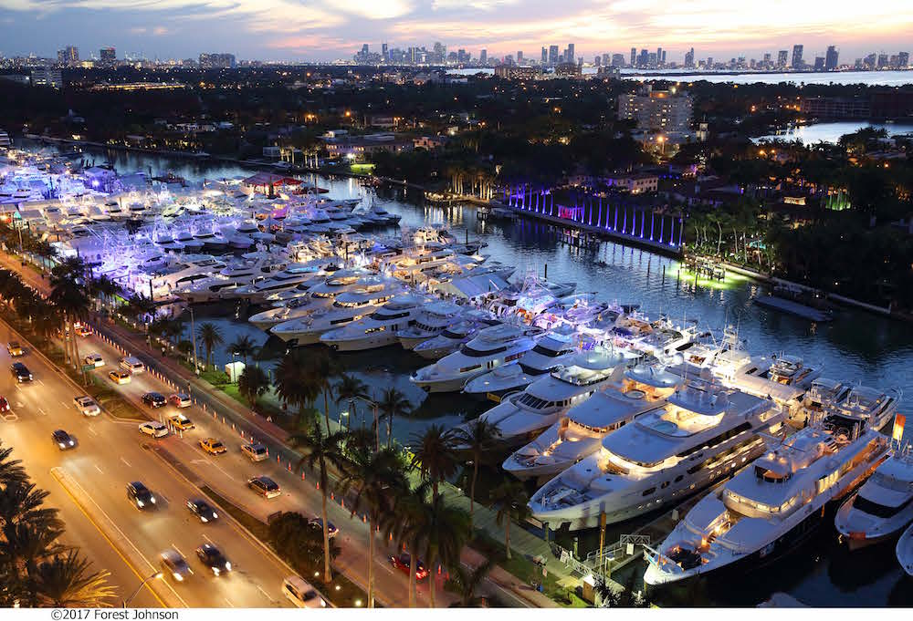 miami yacht show at collins avenue
