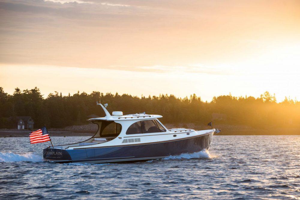 Hinckley Picnic Boat 40 Review thumbnail