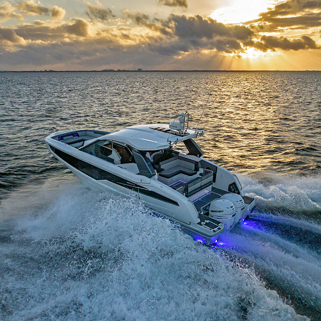 Galeon Yachts Introduces 325 GTO With MarineMax