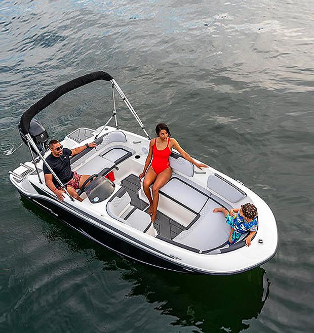 5 Best Deck Boats In 2021 thumbnail