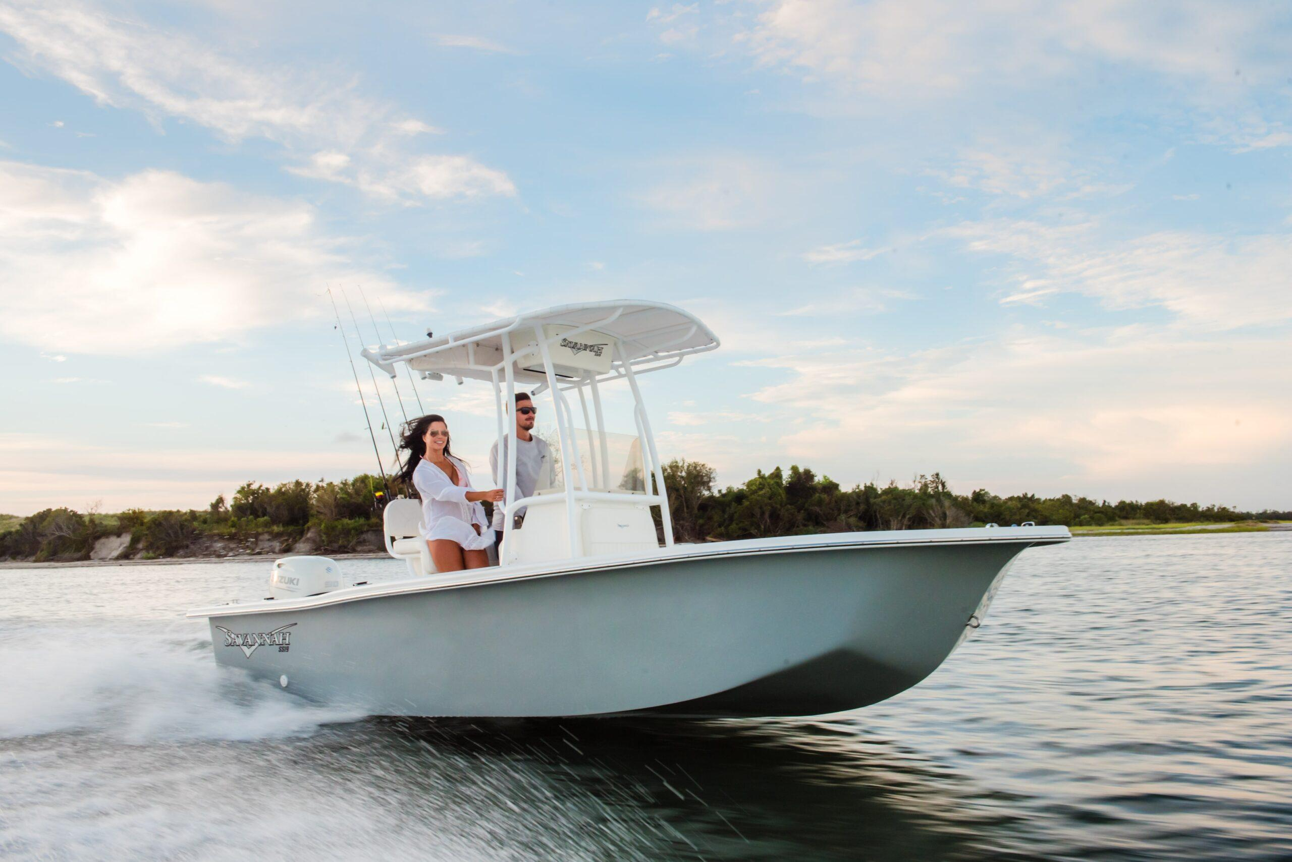 2 Hot New Fishing Skiffs For Anglers In 2021 thumbnail