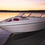 Larson SEi 190 O/B and SEi 210 O/B: Outboard-Powered Runabouts for 2002
