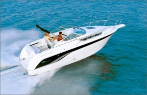 The Signature 270's Extended V-Plane hull gives the boat a smooth and stable ride.