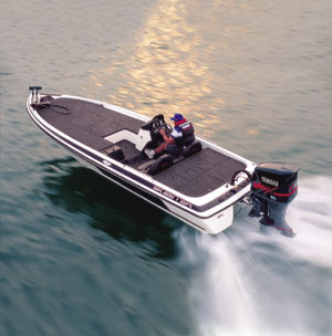Pictured above is the Skeeter ZX250. Starting from left, photos of all models in this buyers' guide run in alphabetical order.