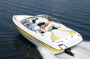 The 185LX is armed with Stingray's patented Z-plane hull.