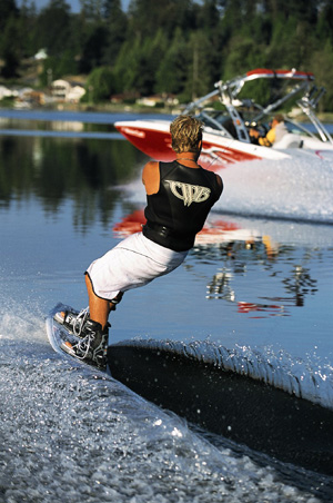 Choosing the perfect wakeboard boats com