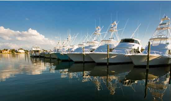 Anna Maria offers a protected anchorage with quick access to the Gulf of Mexico.