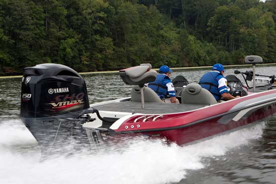 Bass boat performance is as much about hole-shot acceleration as it is about top speed. Competitive weight and strong power makes the Yamaha V MAX SHO the first four-stroke contender for tournament bass action.