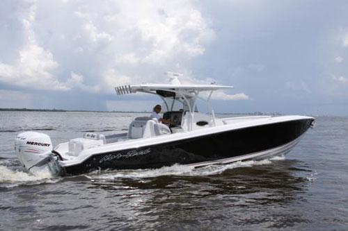Go fast center console mania continues for Fast fishing boats