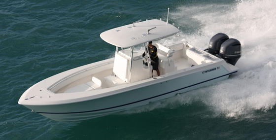 Contender 30 st fine fast fishing for Fast fishing boats