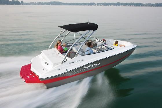 Rinker 200 MTX bowrider