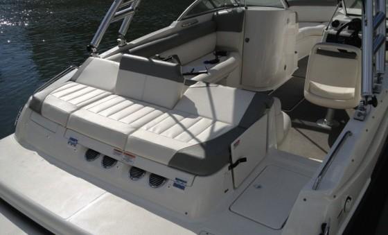 215 deckboat